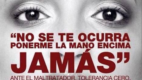 consigna-femicidio-sociales-Congreso-Junio_CLAIMA20150513_0123_18